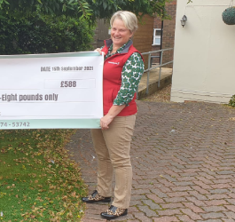 Farm & Stable Donate Nearly £600 to Racing Welfare